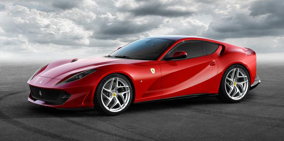 2017 Ferrari 812 Superfast revealed