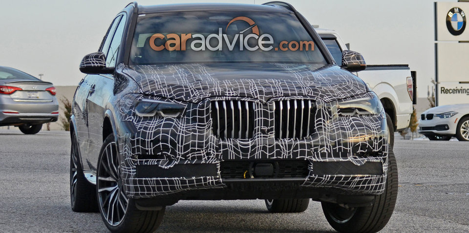 2018 BMW X5 spied with less camouflage