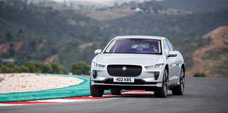 Jaguar I-Pace vs Tesla Model X drag race - video