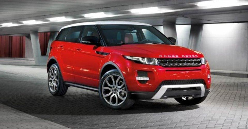 2012 range rover evoque five door revealed ahead of la for Garage range rover la rochelle