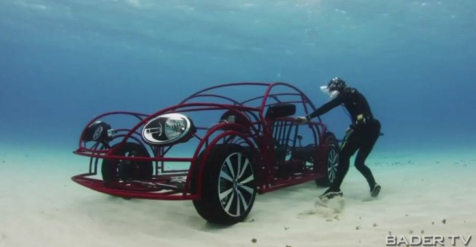 Volkswagen Beetle goes swimming with sharks | CarAdvice