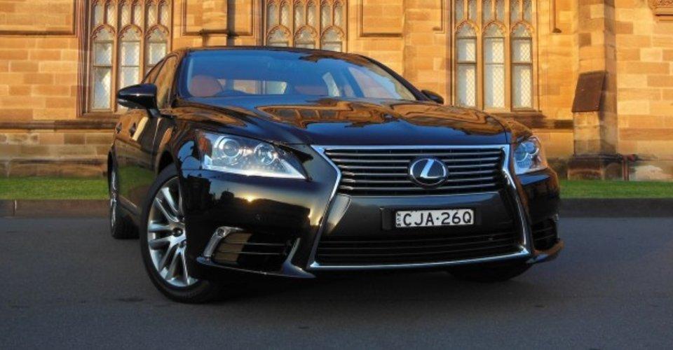 2013 Lexus LS460 Review