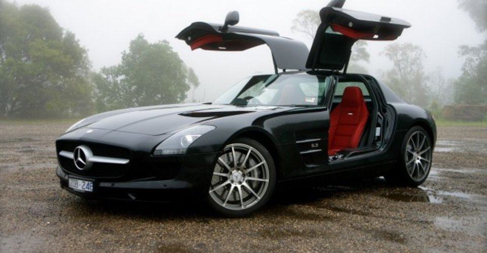 Mercedes benz sls amg review sydney to brisbane road trip for Mercedes benz sls price