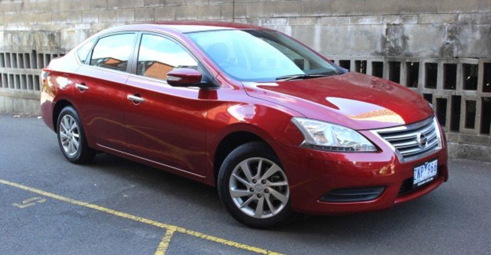 Nissan pulsar st 2013