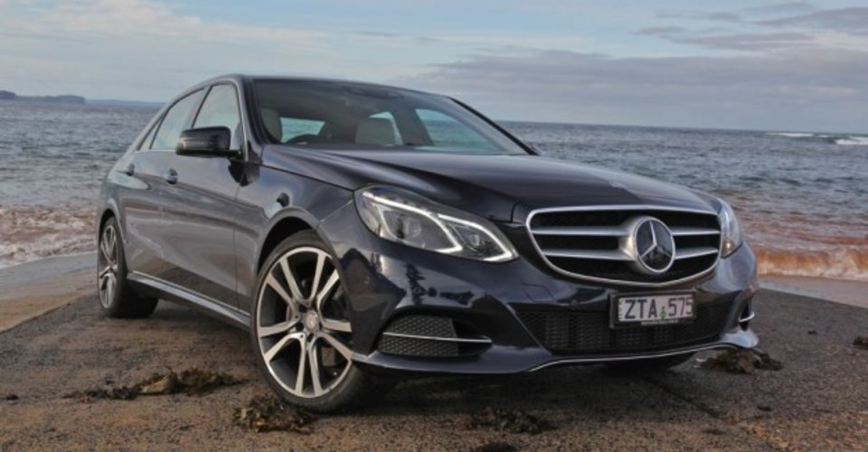 Mercedes benz e class review e300 bluetec hybrid caradvice for Mercedes benz bluetec diesel