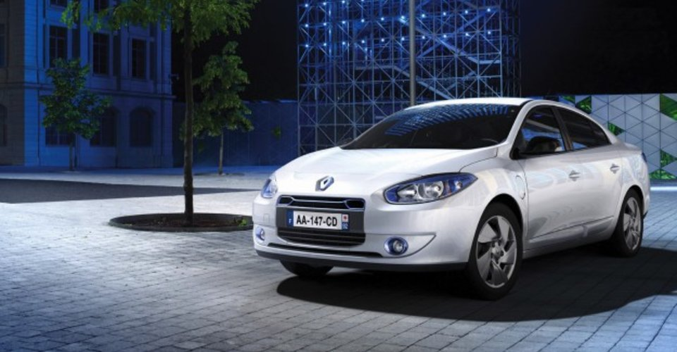 renault fluence ze production abandoned caradvice. Black Bedroom Furniture Sets. Home Design Ideas