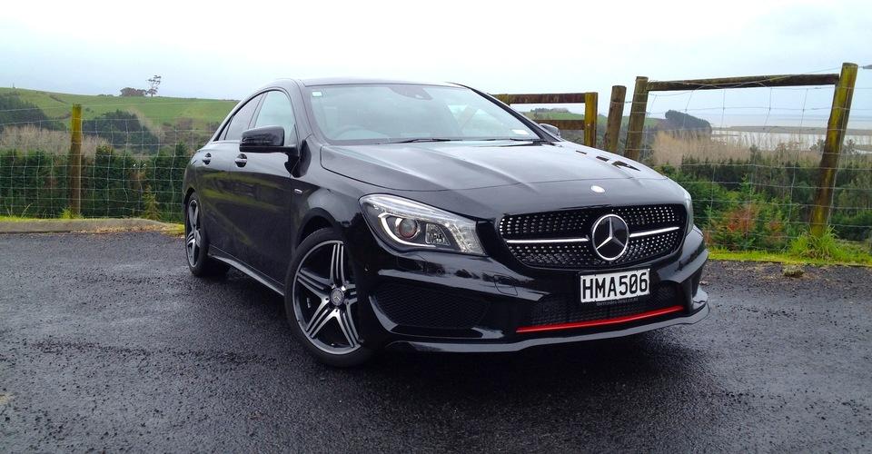 Mercedes benz cla class review cla250 sport 4matic for Mercedes benz cla 250 sport 2013