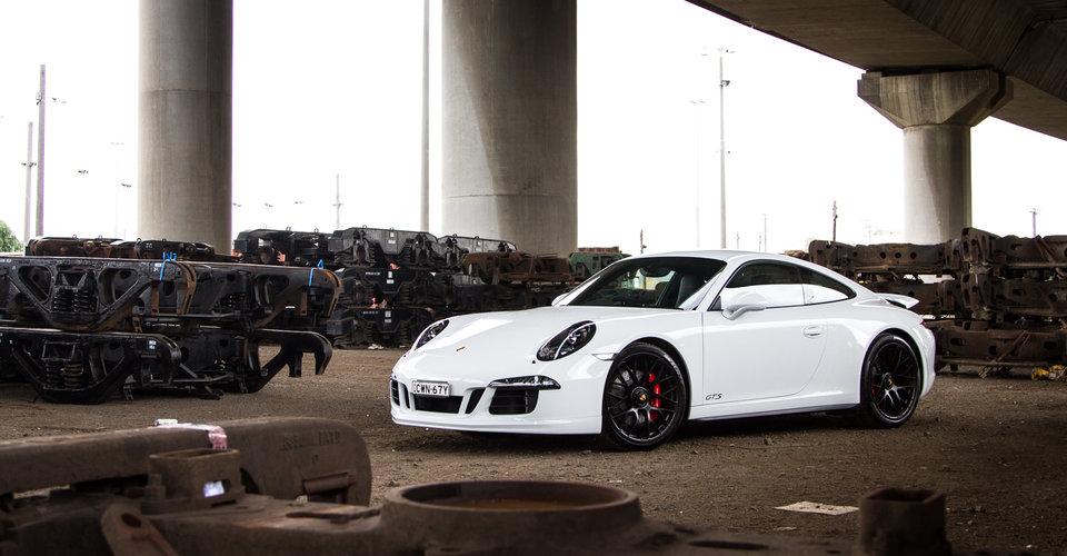 911 Carrera Gts >> 2015 Porsche 911 Carrera GTS Review   CarAdvice
