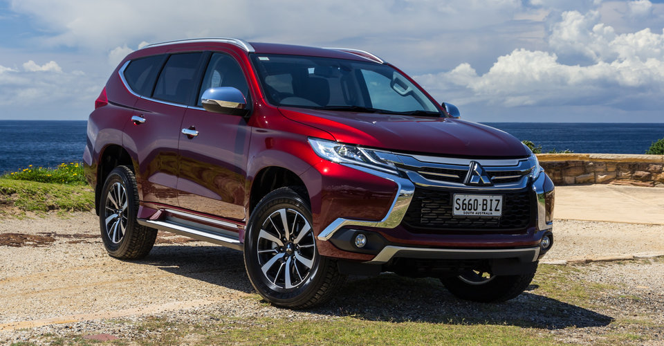 2016 mitsubishi pajero sport gls review caradvice. Black Bedroom Furniture Sets. Home Design Ideas