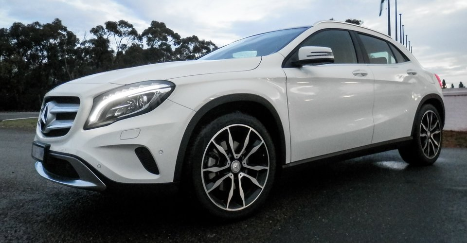 2016 mercedes benz gla250 4matic week with review. Black Bedroom Furniture Sets. Home Design Ideas