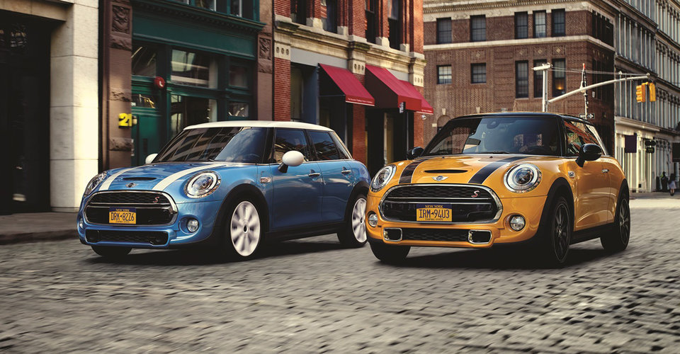 2016 mini cooper and cooper s hatch pricing and specifications caradvice. Black Bedroom Furniture Sets. Home Design Ideas