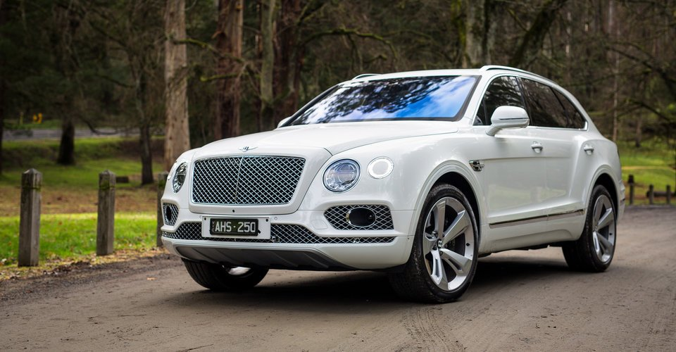 2016 Bentley Bentayga Review | CarAdvice
