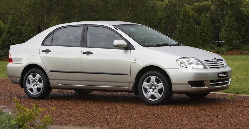 2003 2005 toyota corolla recalled for airbag fix caradvice. Black Bedroom Furniture Sets. Home Design Ideas