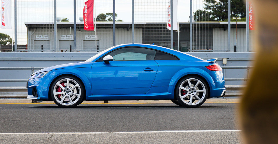 2017 audi tt rs review caradvice. Black Bedroom Furniture Sets. Home Design Ideas