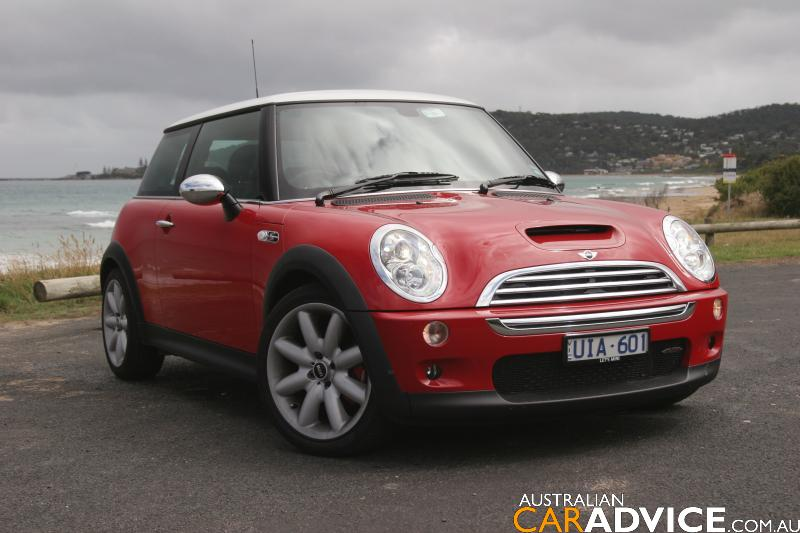 2006 mini cooper s chilli john cooper works road test photos caradvice. Black Bedroom Furniture Sets. Home Design Ideas
