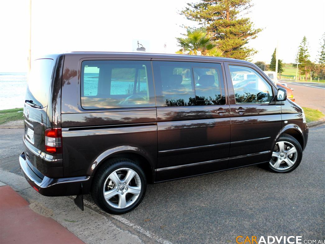 2008 volkswagen multivan first steer caradvice. Black Bedroom Furniture Sets. Home Design Ideas