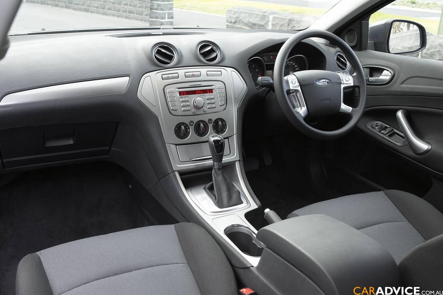Fordmondeolxinterior on 2007 Ford Van