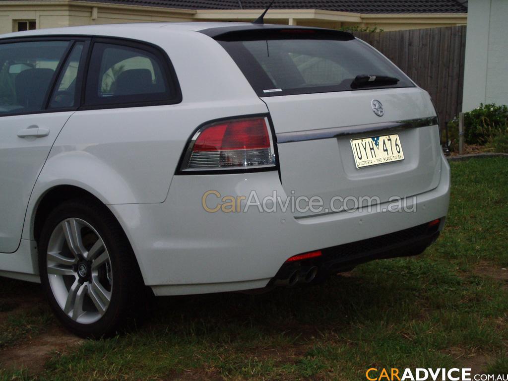 Holden Ve Commodore Wagon Spy Photos Photos Caradvice