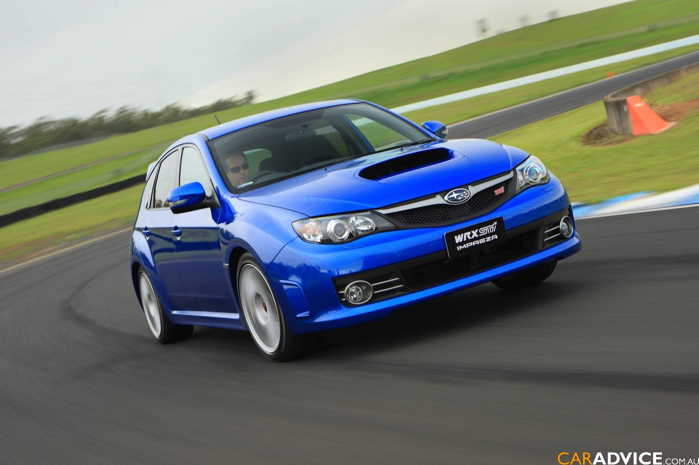 2008 subaru impreza wrx sti photos caradvice. Black Bedroom Furniture Sets. Home Design Ideas
