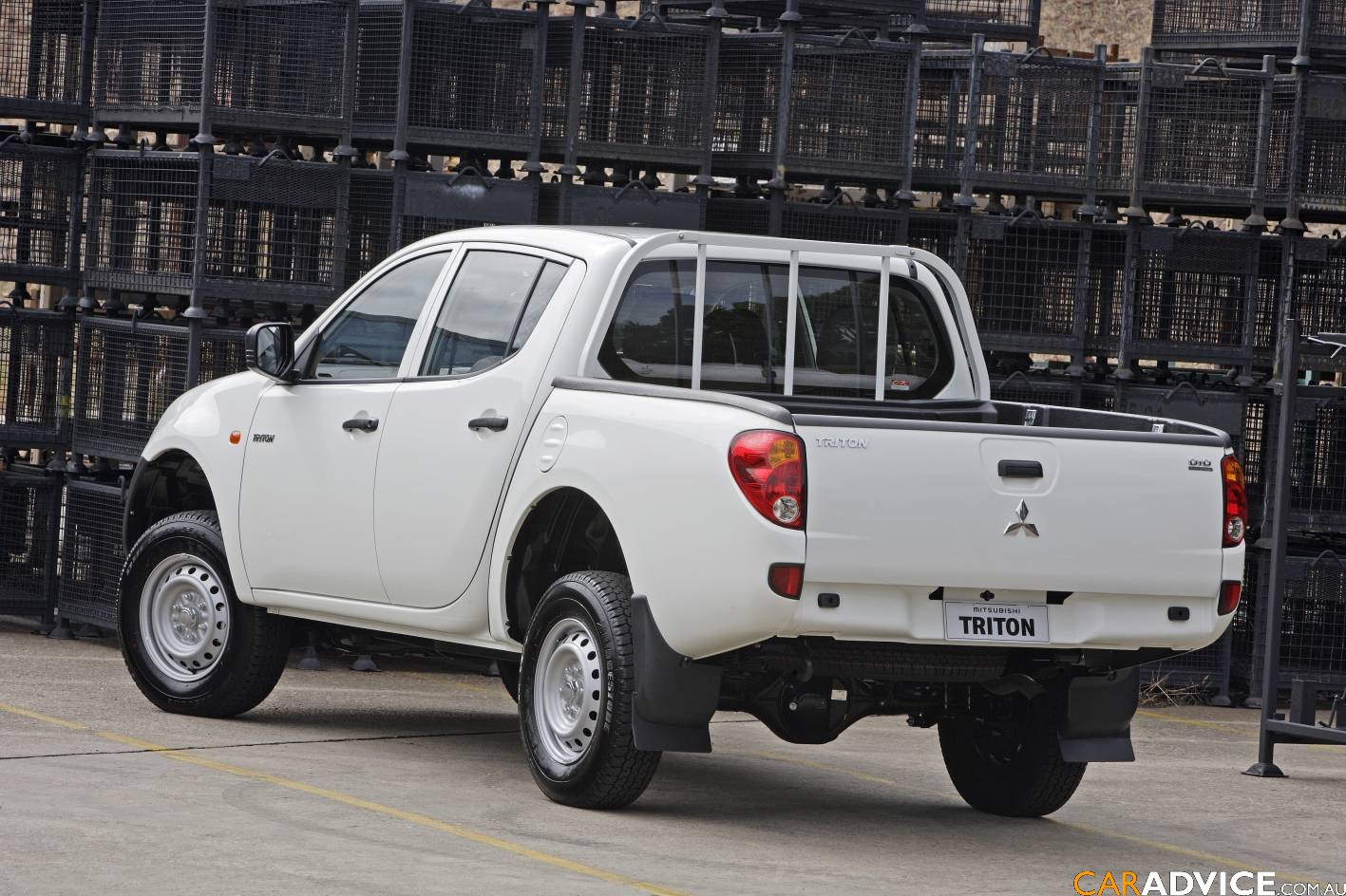 Mitsubishi Triton Glx 2 5 Diesel Arrives Photos