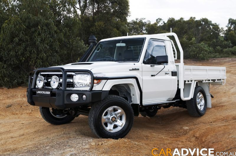 toyota adds landcruiser  series  capped price servicing program  caradvice