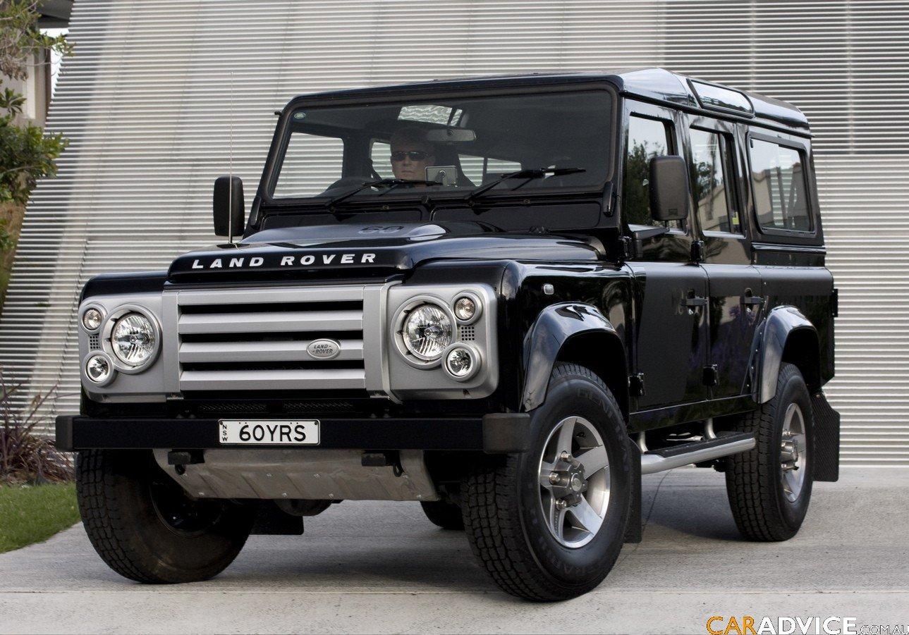 2008 Land Rover Defender SVX Review - photos | CarAdvice