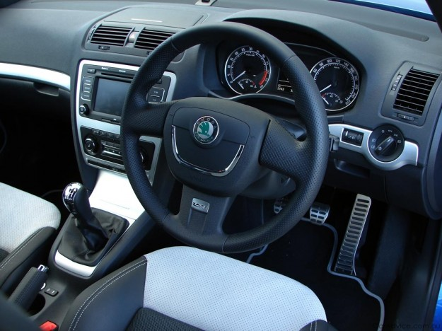 skoda octavia rs review road test photos caradvice. Black Bedroom Furniture Sets. Home Design Ideas
