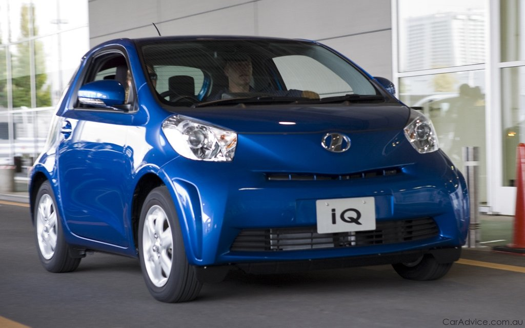 toyota iq review caradvice. Black Bedroom Furniture Sets. Home Design Ideas