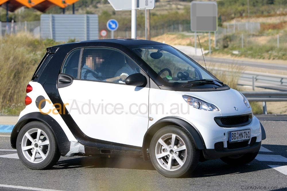 2012 smart fortwo spy pics photos caradvice. Black Bedroom Furniture Sets. Home Design Ideas
