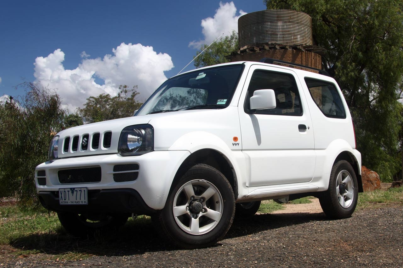 Three Car Garage Suzuki Jimny Sierra Review Amp Road Test Photos Caradvice