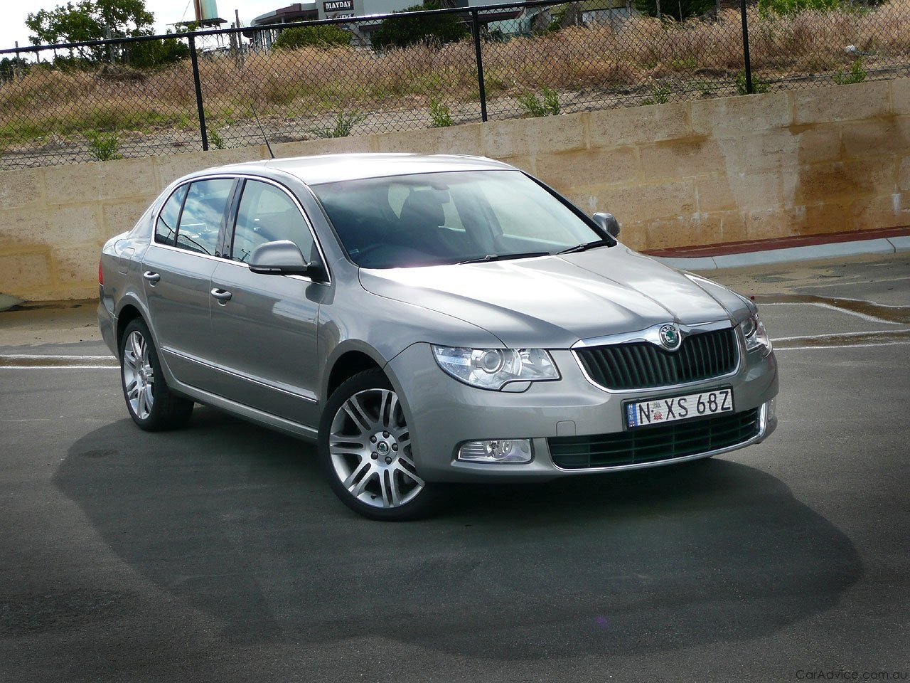 skoda superb review road test photos caradvice. Black Bedroom Furniture Sets. Home Design Ideas