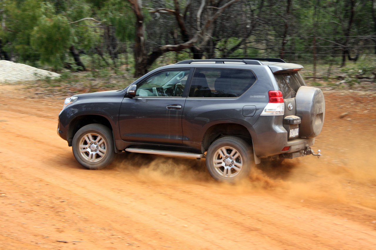 Toyota Landcruiser Prado Review Amp Road Test Photos