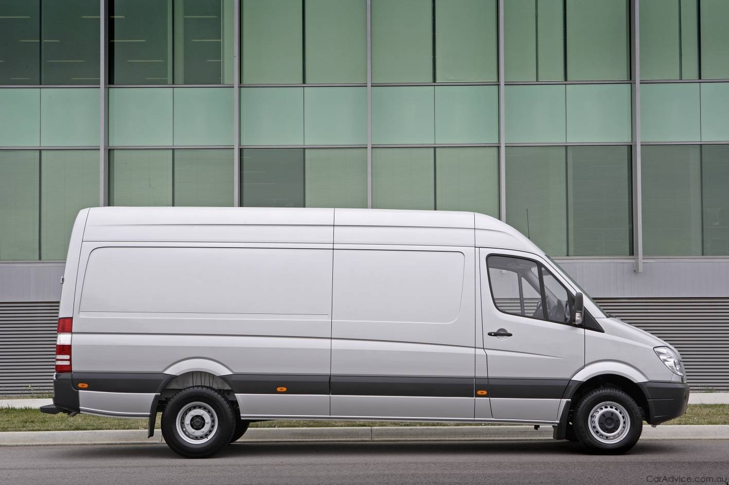 2010 Mercedes Benz Sprinter Vito Released In Australia