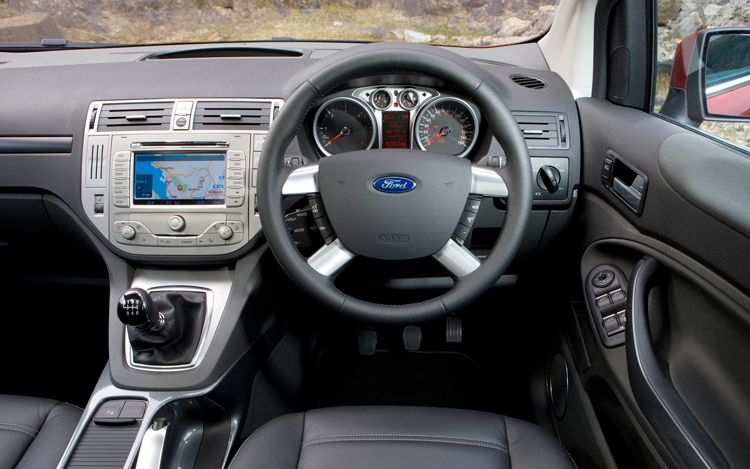 ford kuga upgraded  uk australia  stick  escape  caradvice