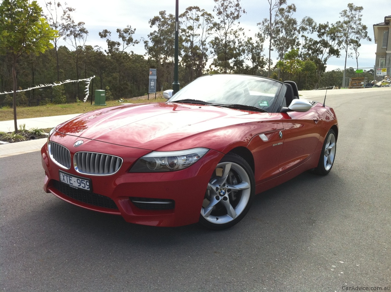 bmw z4 sdrive35is review photos caradvice. Black Bedroom Furniture Sets. Home Design Ideas