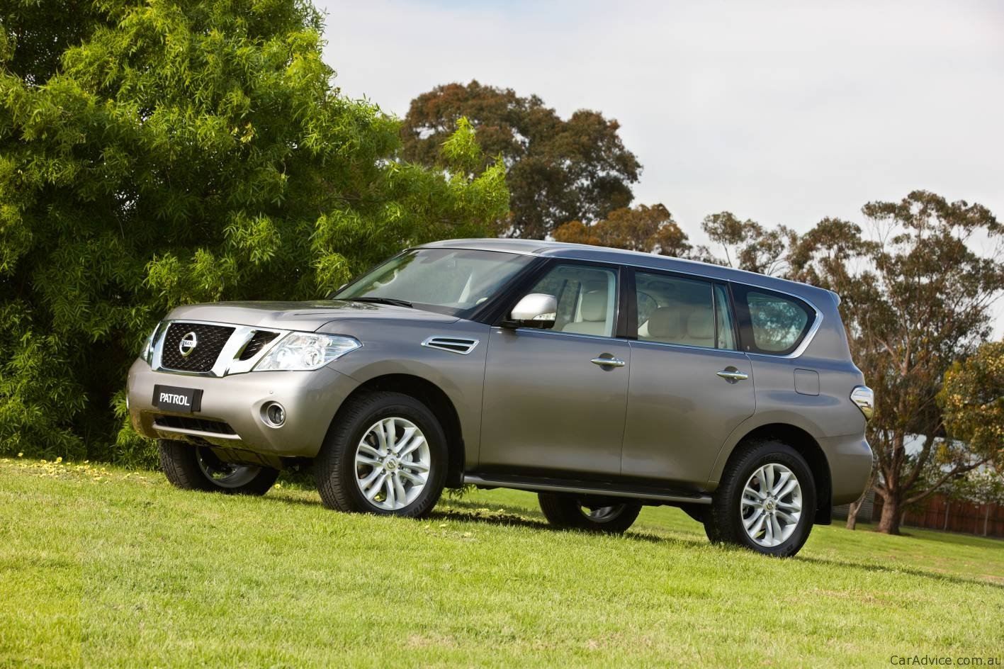 2011 Nissan Patrol Details And Images Released Photos