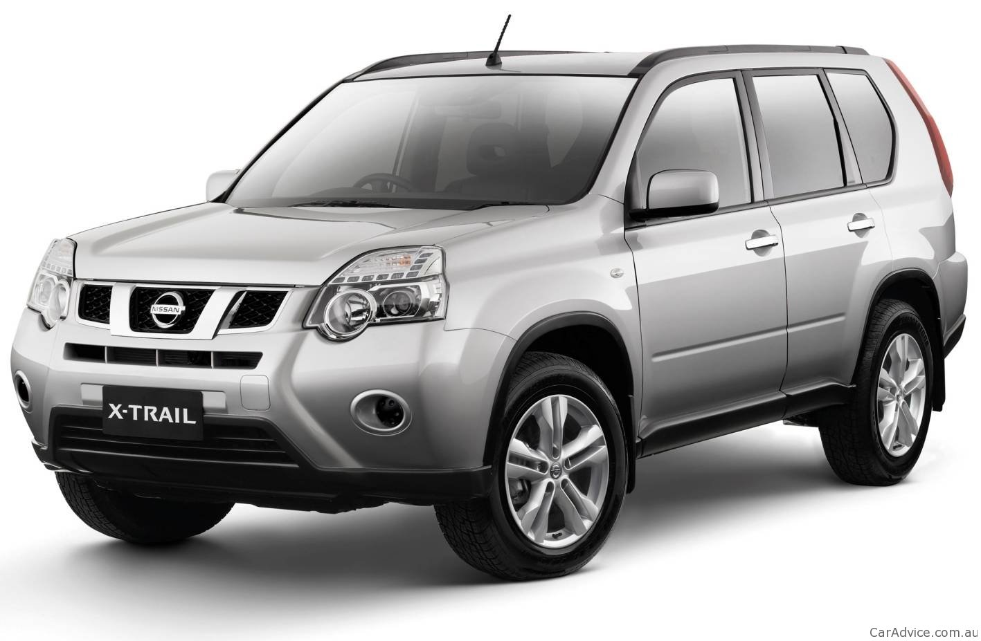 2011 nissan x trail 2wd launched in australia photos. Black Bedroom Furniture Sets. Home Design Ideas