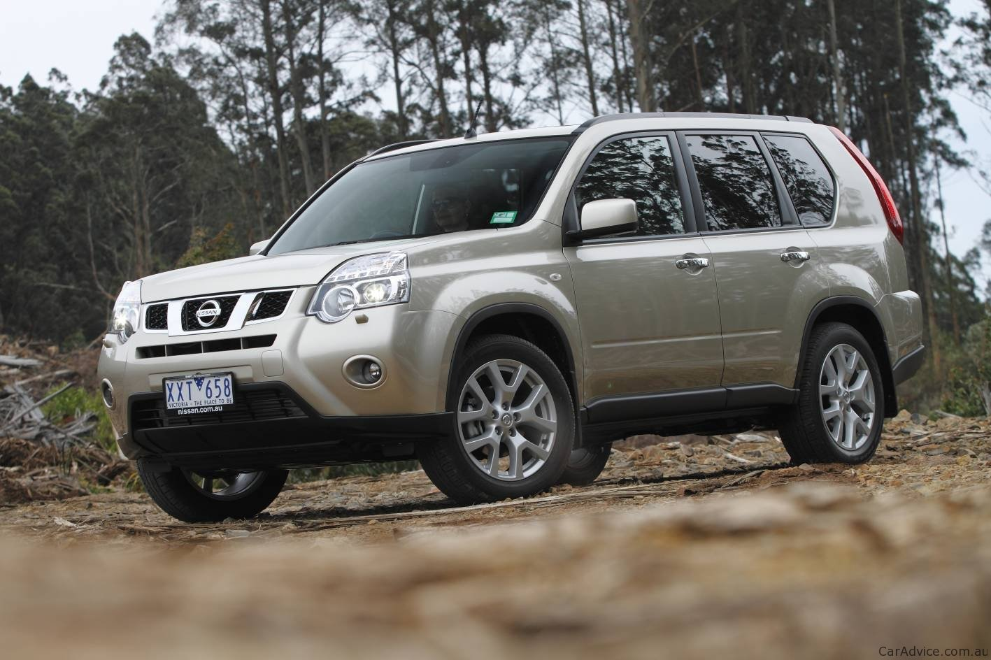 2011 Nissan X Trail 2wd Launched In Australia Photos