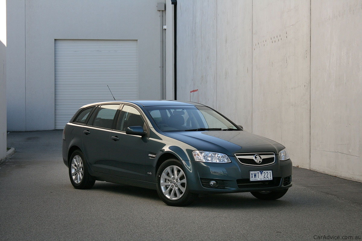 2011 Holden Berlina Sportswagon Review Photos Caradvice