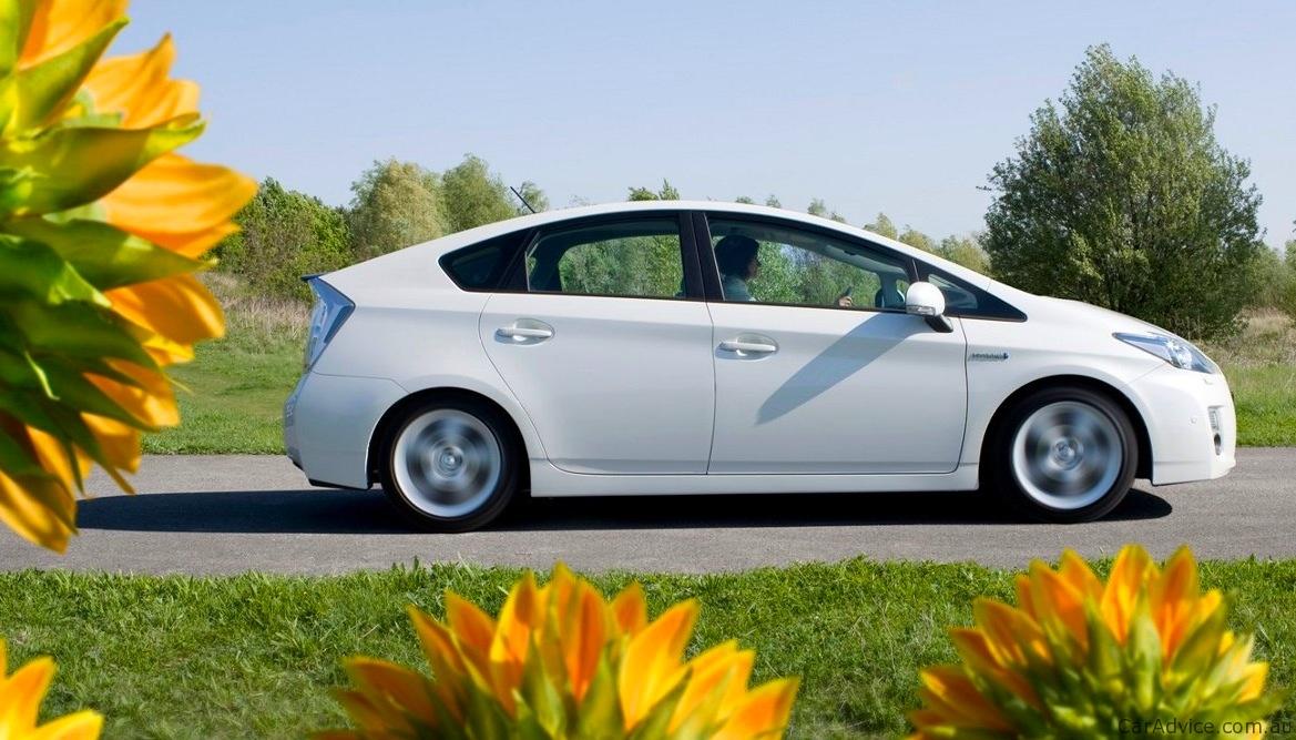 Honda Fit Tops Toyota Prius As Japan S Top Selling New Car Photos