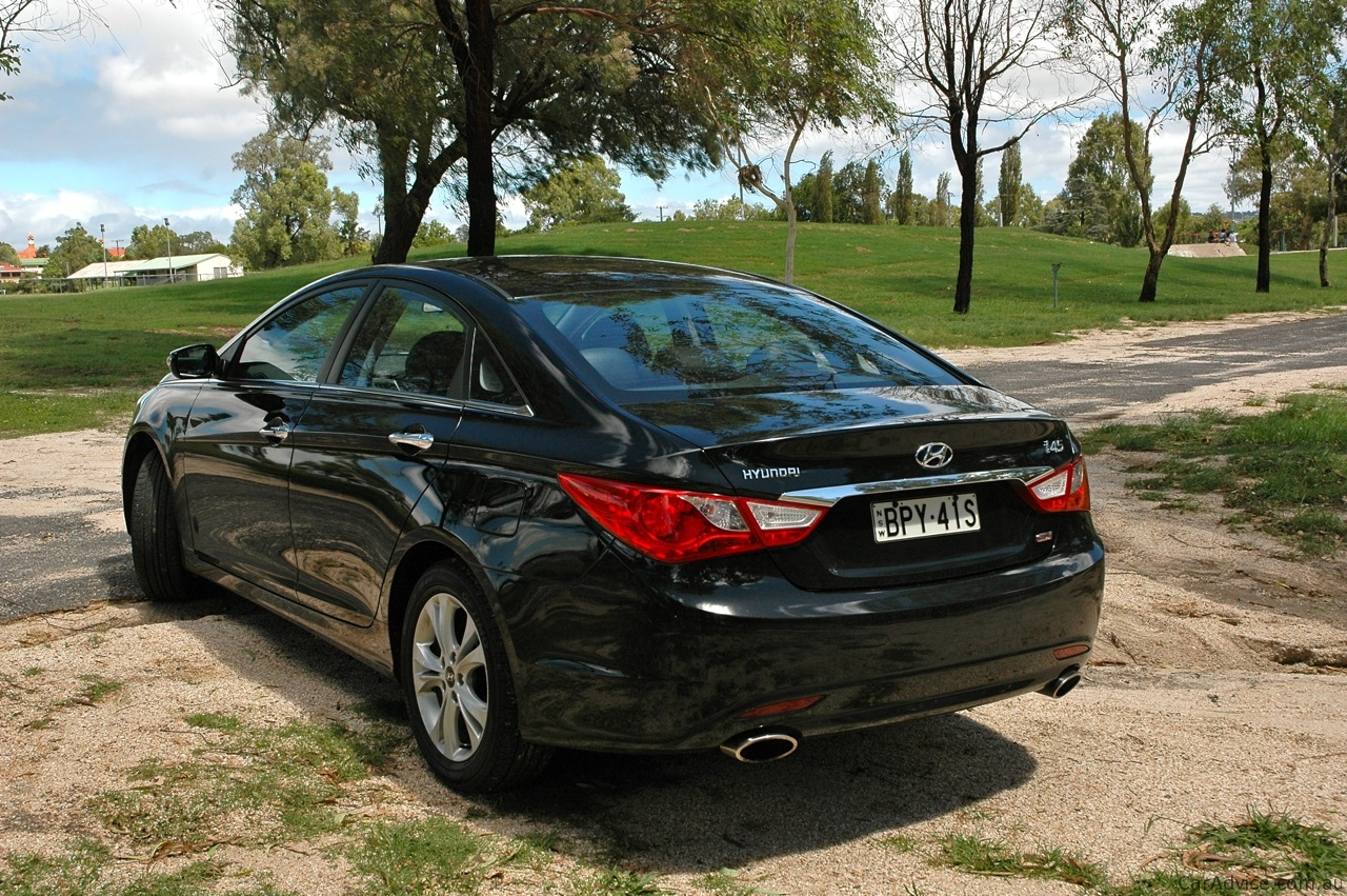 2011 Hyundai I45 Review Photos Caradvice