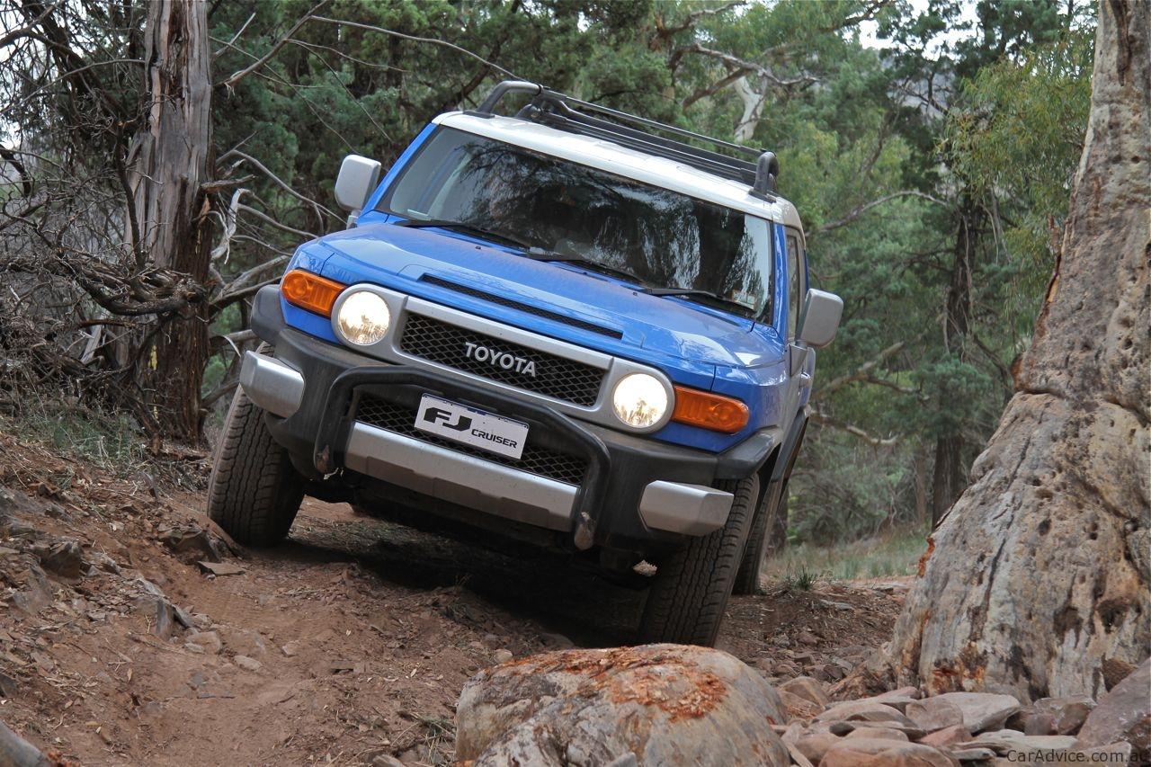 Toyota Fj Cruiser Review Off Road Caradvice
