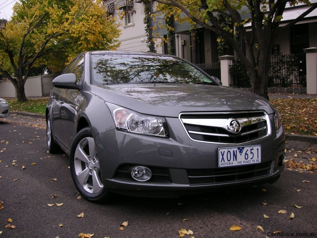 2010 2011 Holden Jg Cruze Recalled In Australia Photos