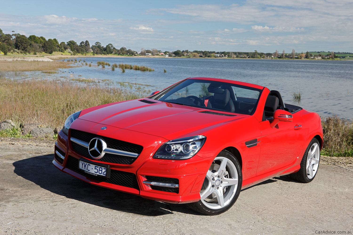 mercedes benz slk 200 350 review photos caradvice. Black Bedroom Furniture Sets. Home Design Ideas