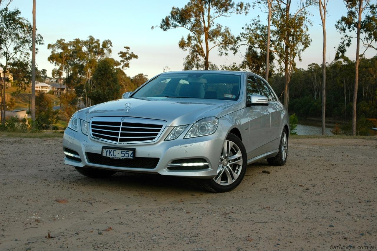 Mercedes benz e 250 review photos caradvice for Mercedes benz ratings reviews