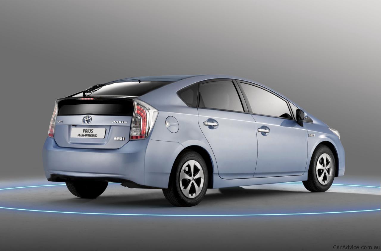Toyota Prius Plug In Hybrid Under Investigation For
