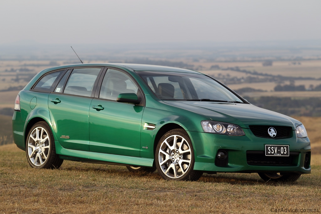 2011 Holden Commodore Sportwagon Review - photos | CarAdvice