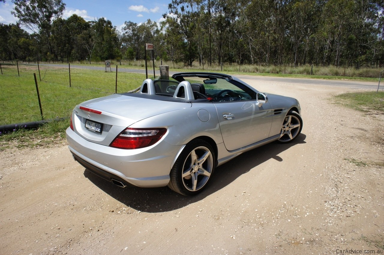 mercedes benz slk 200 review photos caradvice. Black Bedroom Furniture Sets. Home Design Ideas