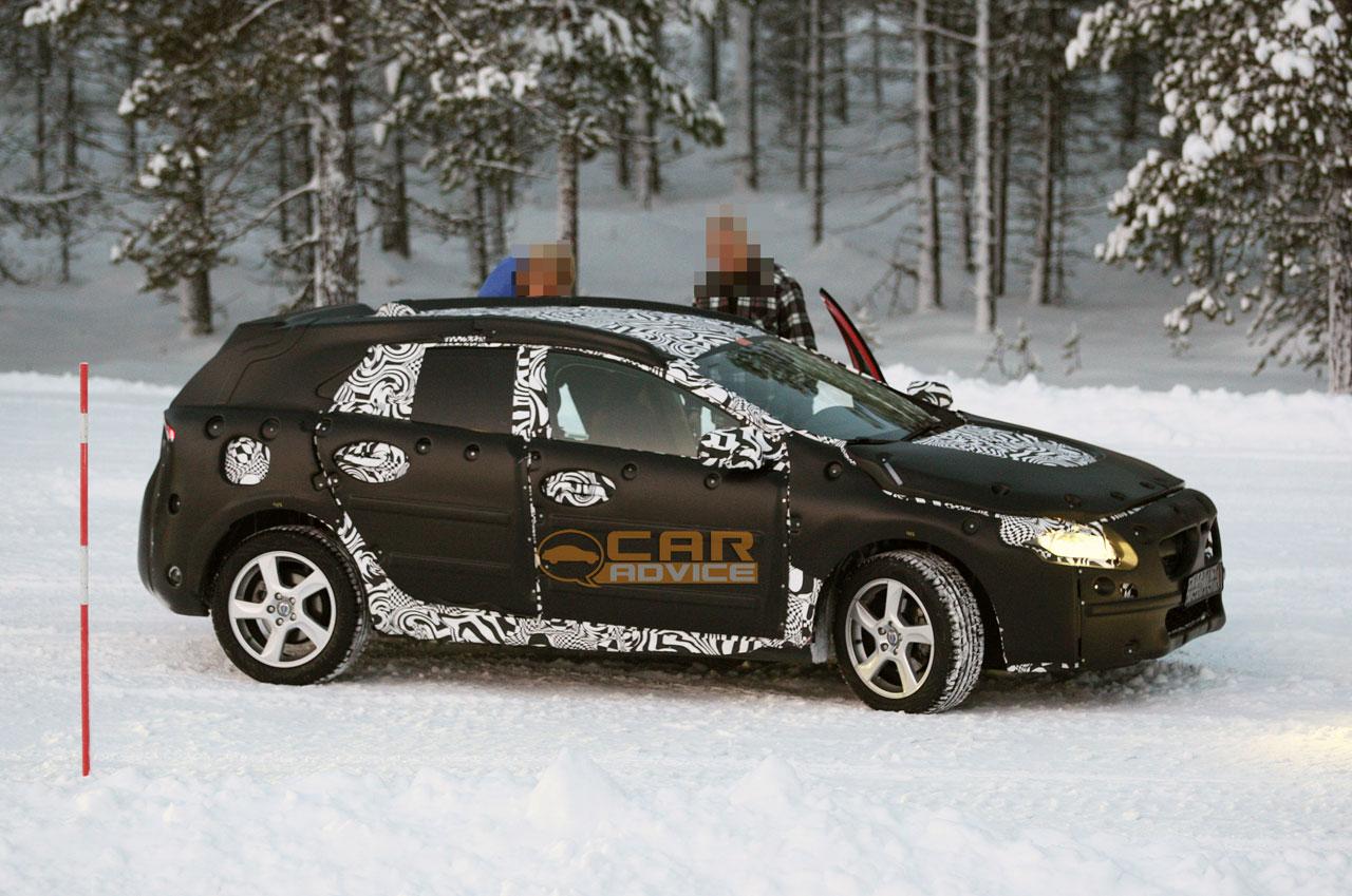 Volvo V40 Spy Photos - photos | CarAdvice