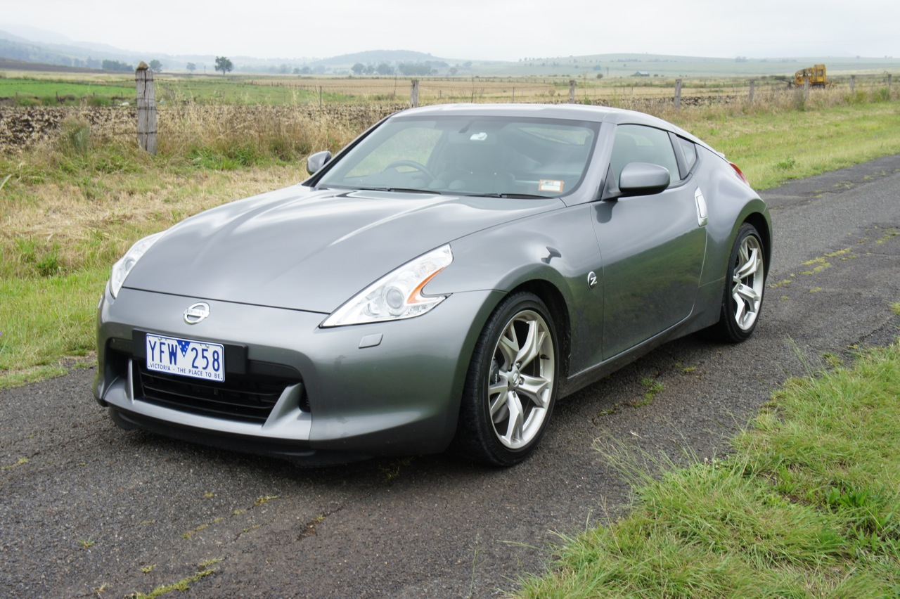 nissan 370z review photos caradvice. Black Bedroom Furniture Sets. Home Design Ideas